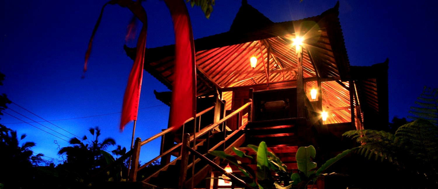 Teak-house-night-master.jpg