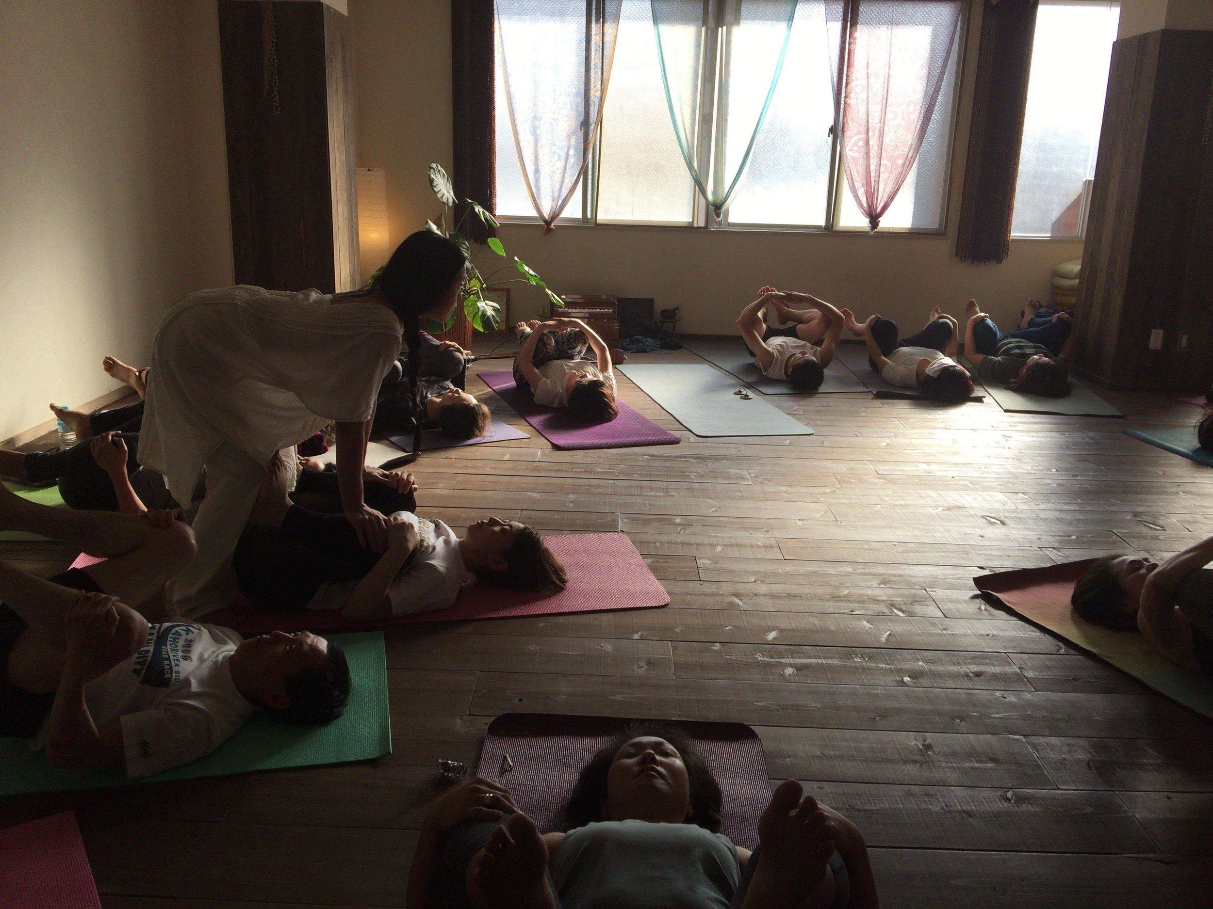 久しぶりに久留米のヨガスタジオ Yoga Yolula にてワークショップ行います!
