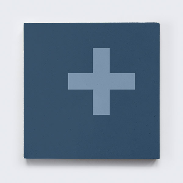 keusen_kollektion_SWISS-CROSS_blue-2.jpg
