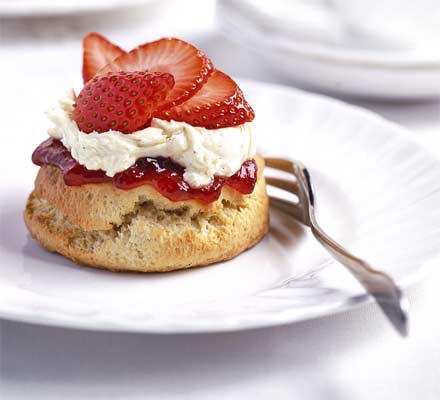 Strawberry & Vanilla Shortcakes