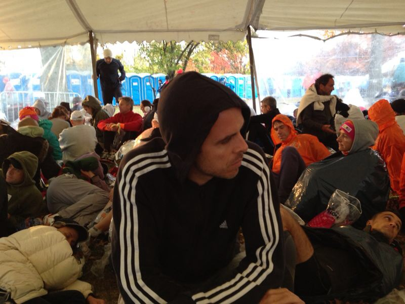 Trying to rest and save energy with over 3 hours of waiting for the race at Staten Island. Make sure you eat 1 hour before the race your last bagel or jelly sandwich and drink 15 minutes before the race a small bottle of water