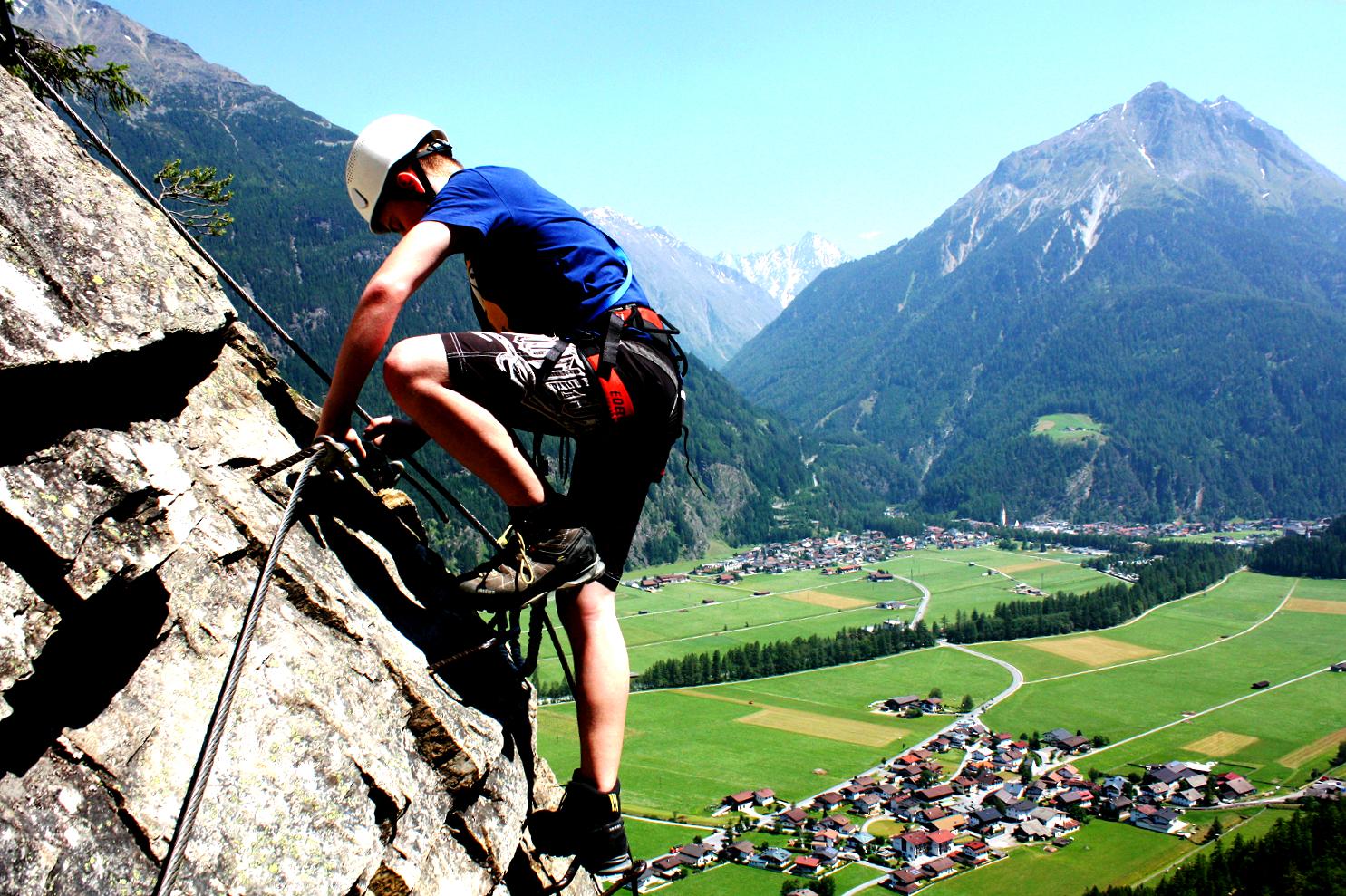 Sommer_Lehner Wasserfall Klettersteig_Luca 1.JPG