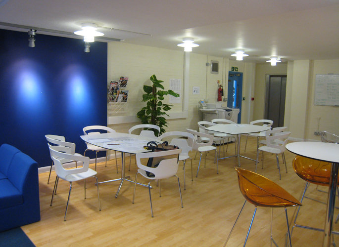 Greig-City-Academy-staffroom_4.jpg