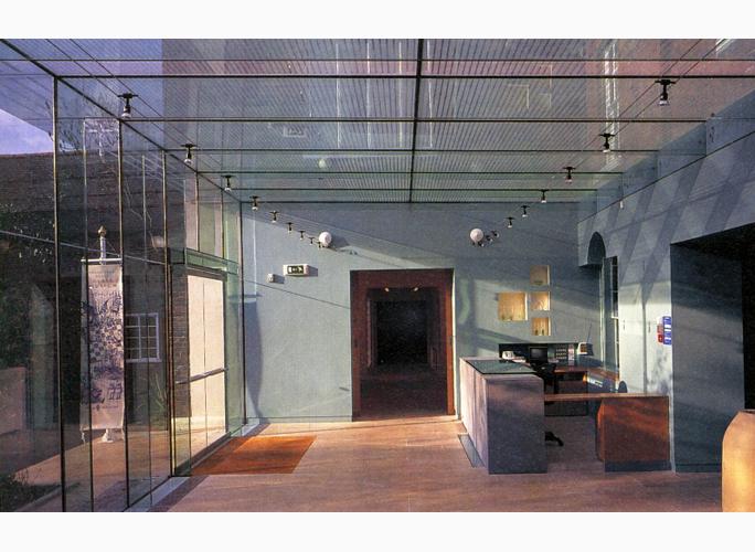 Broadfield-House-Glass-Museum_4.jpg