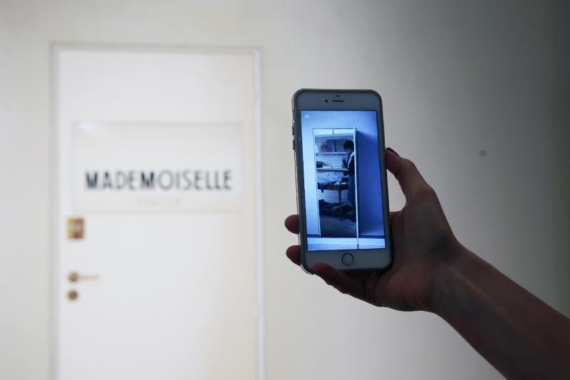 image: www.stylebubble.co.uk                                                             Mademoiselle App!
