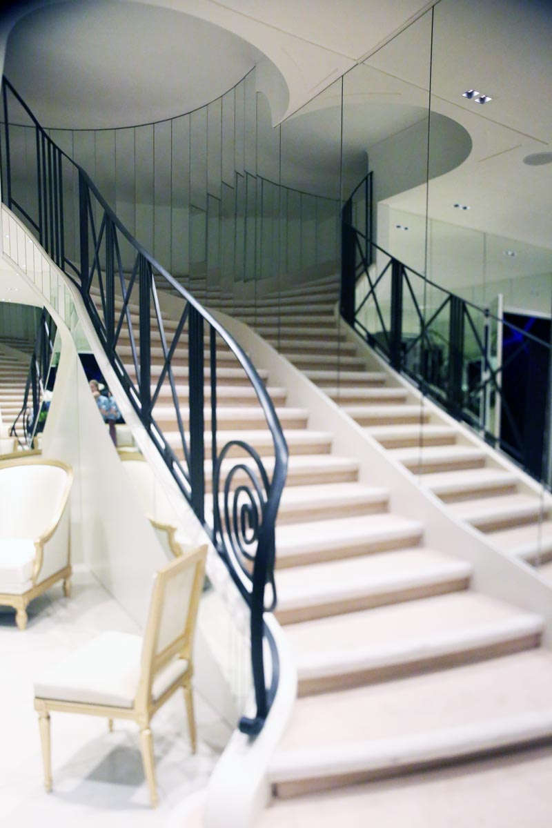 image: www.stylebubble.co.uk                Reconstruction of the famous mirrored stair case in the Chanel store in Paris.