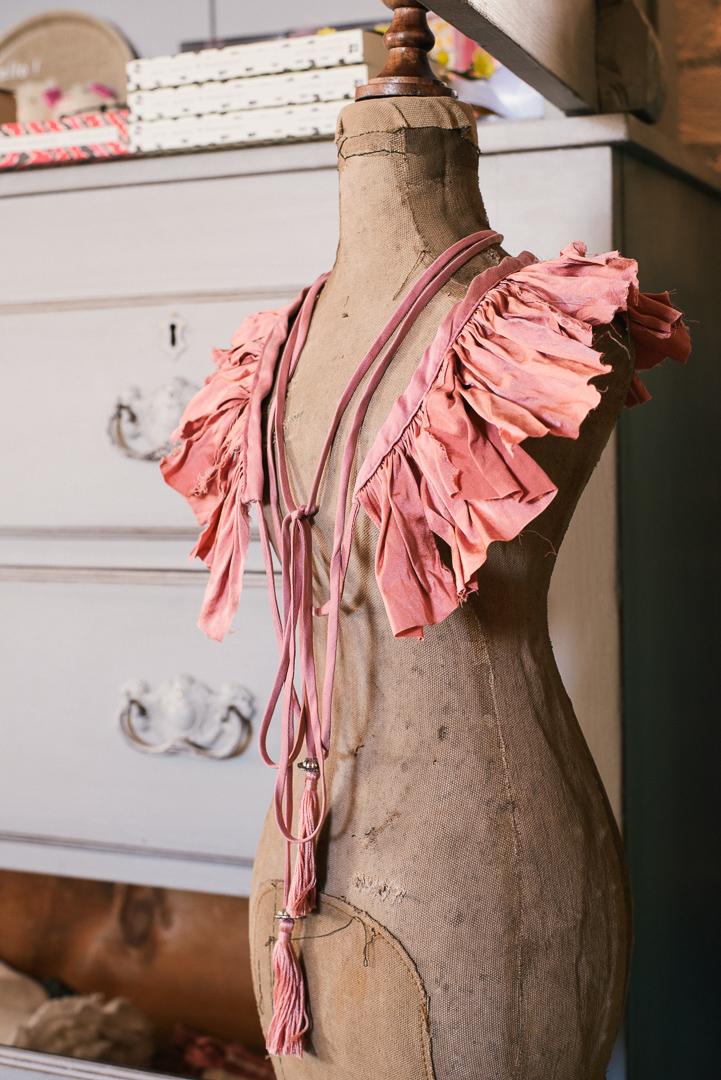 Ruffled silk collar. - £44