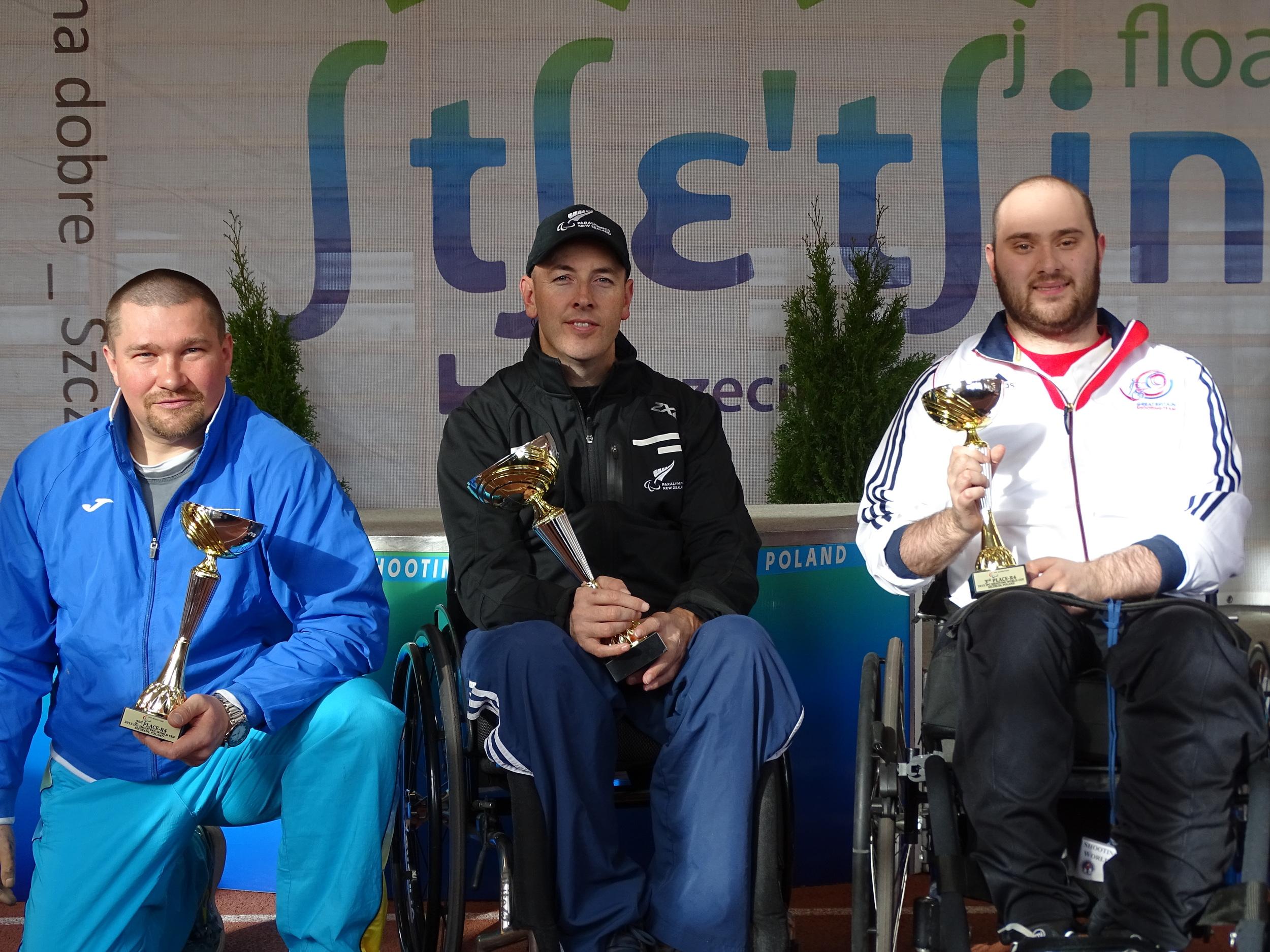 Kovalchuk (UKR), Johnson (NZL), Cockbill (GBR)