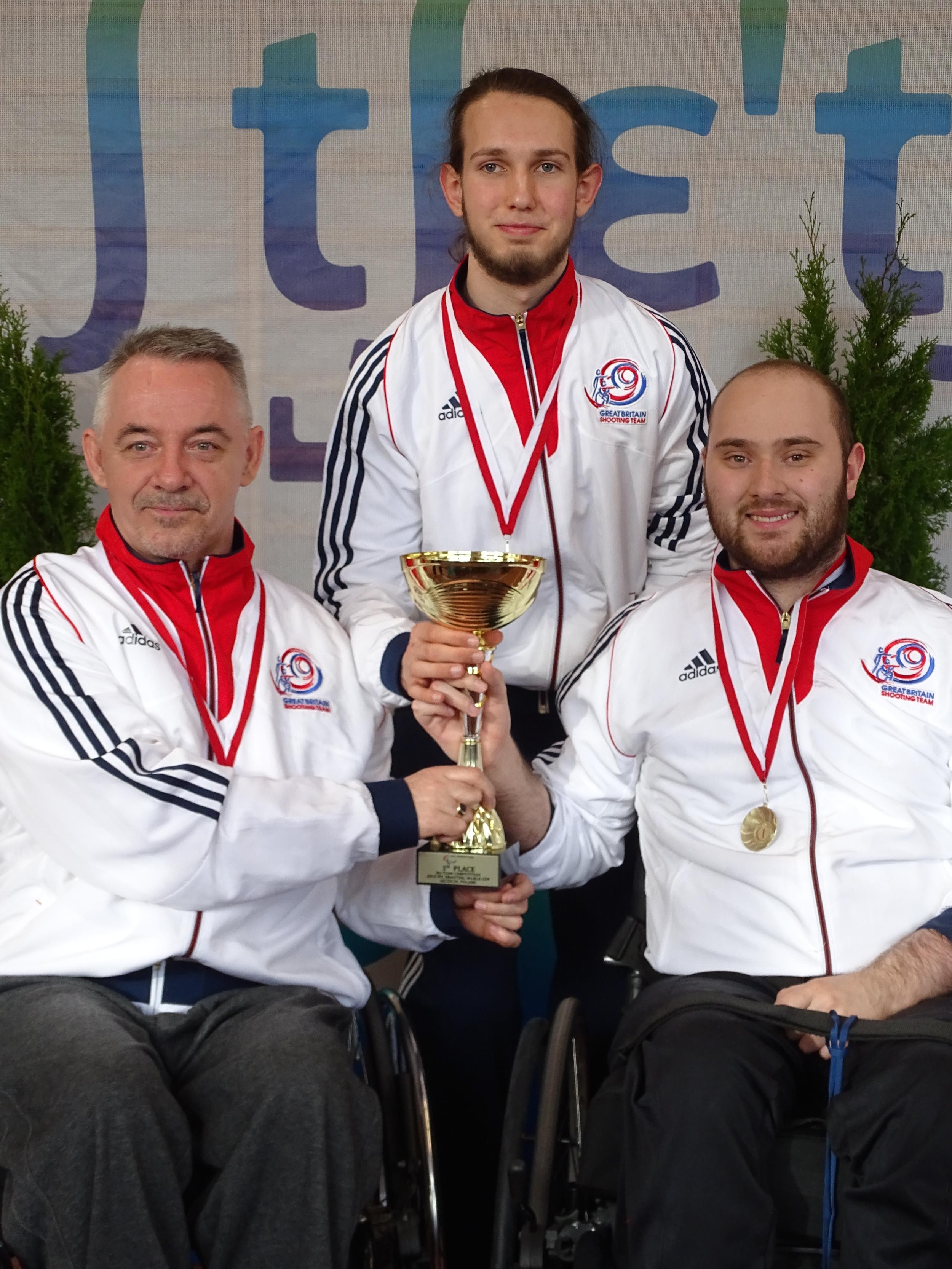 R4 Team Gold medallists (McLeary, Jeffery, Cockbill)