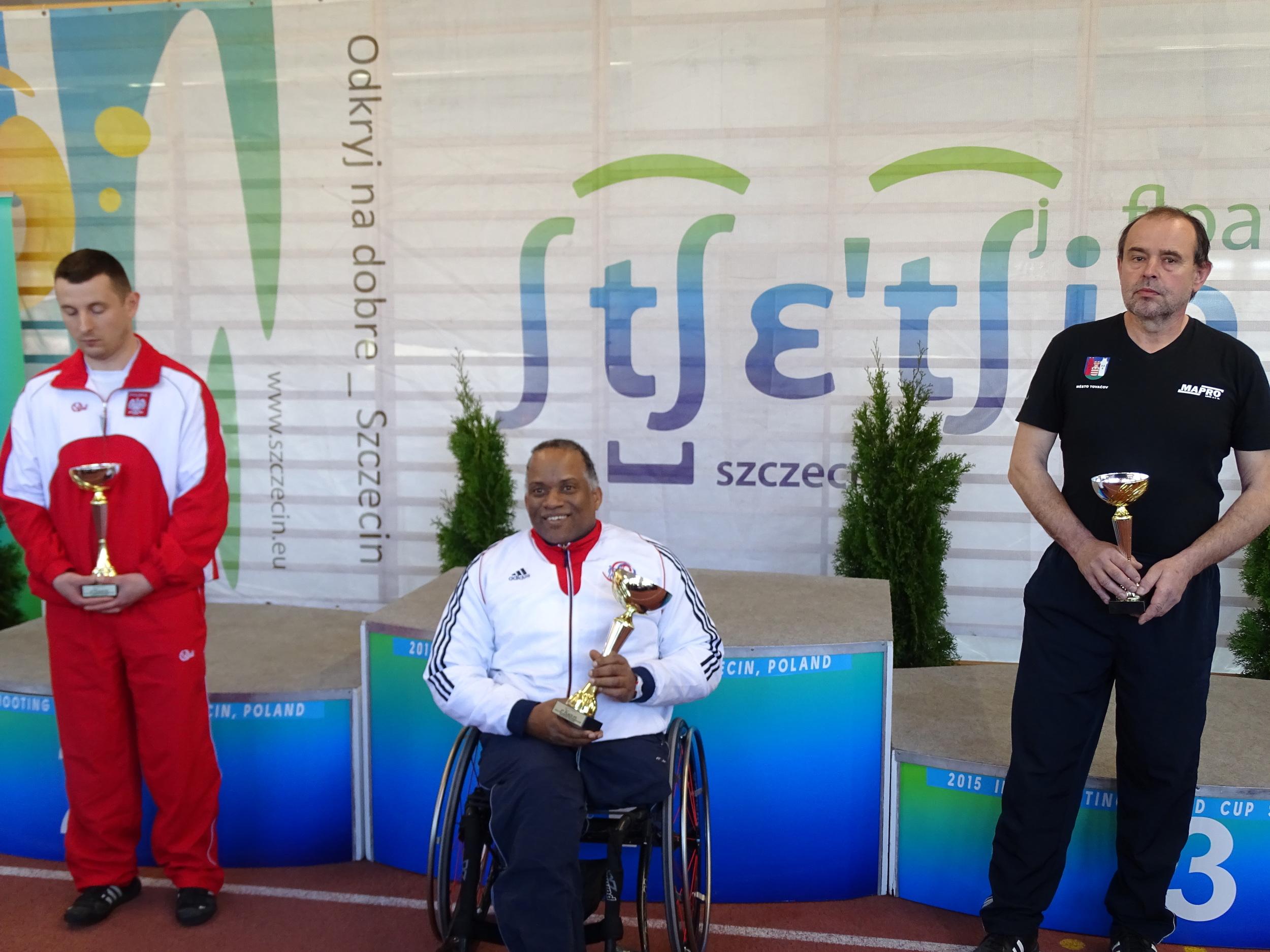 P5 Gold Medallist, Roy Carter