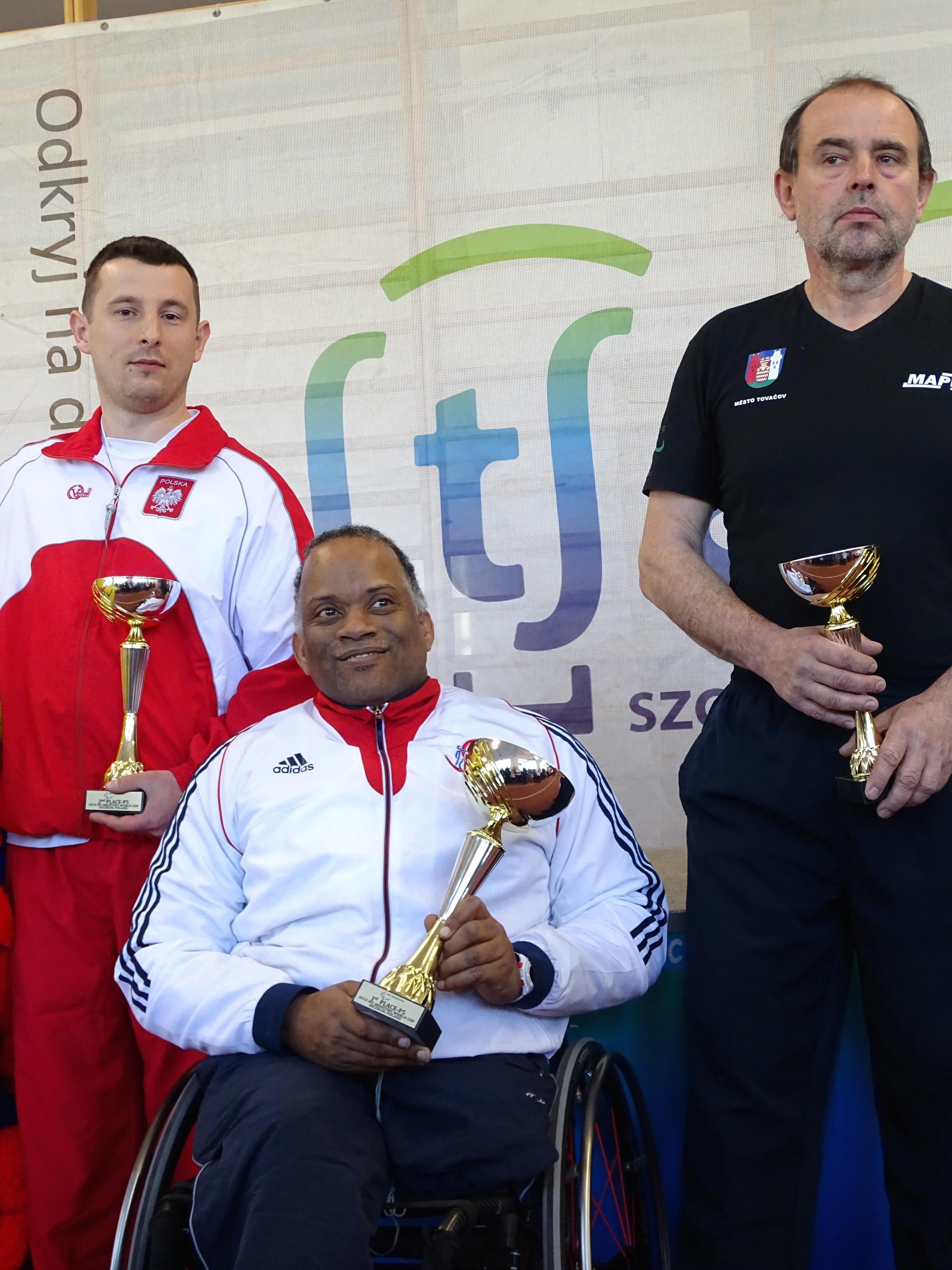 P5 Gold Medallist Roy Carter