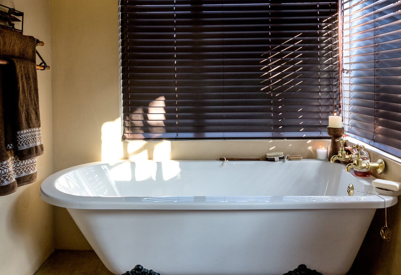 Right-Chalet-Bath.jpg