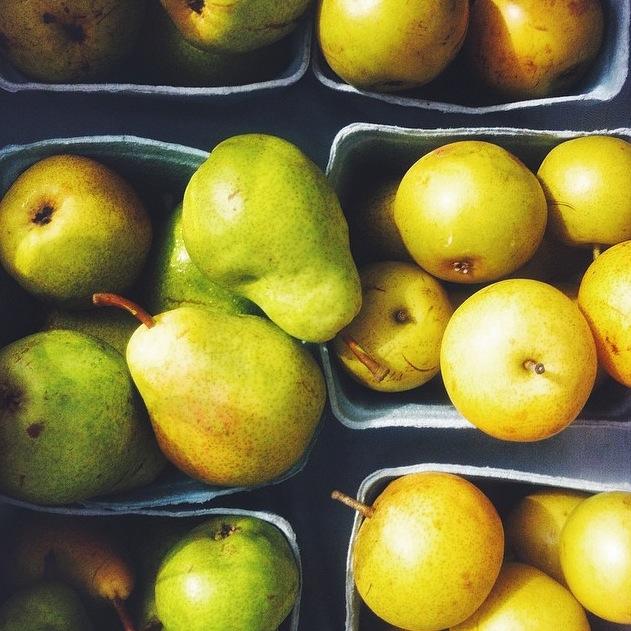 Pears by @helloemilyjean