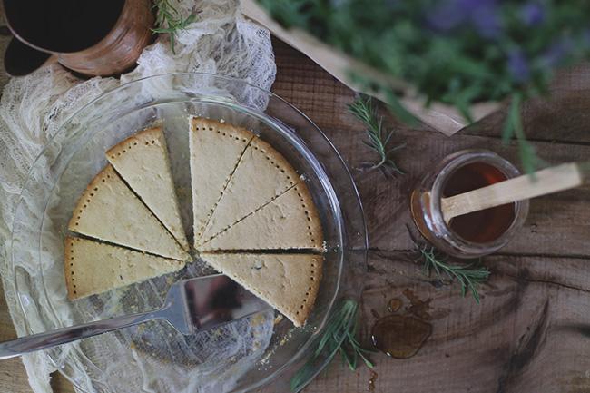 lavender + honey shortbread