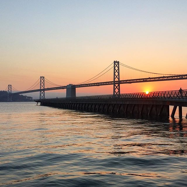 The sunrise is your reward when you have a conference call at 7 AM 🌅  #baybridge #sunrise #silhouette #instagood #instadaily #color #letthesunshine #sanfrancisco #igersworldwide #igers #reward #sale #shoplocal #fashion #fashionstartup
