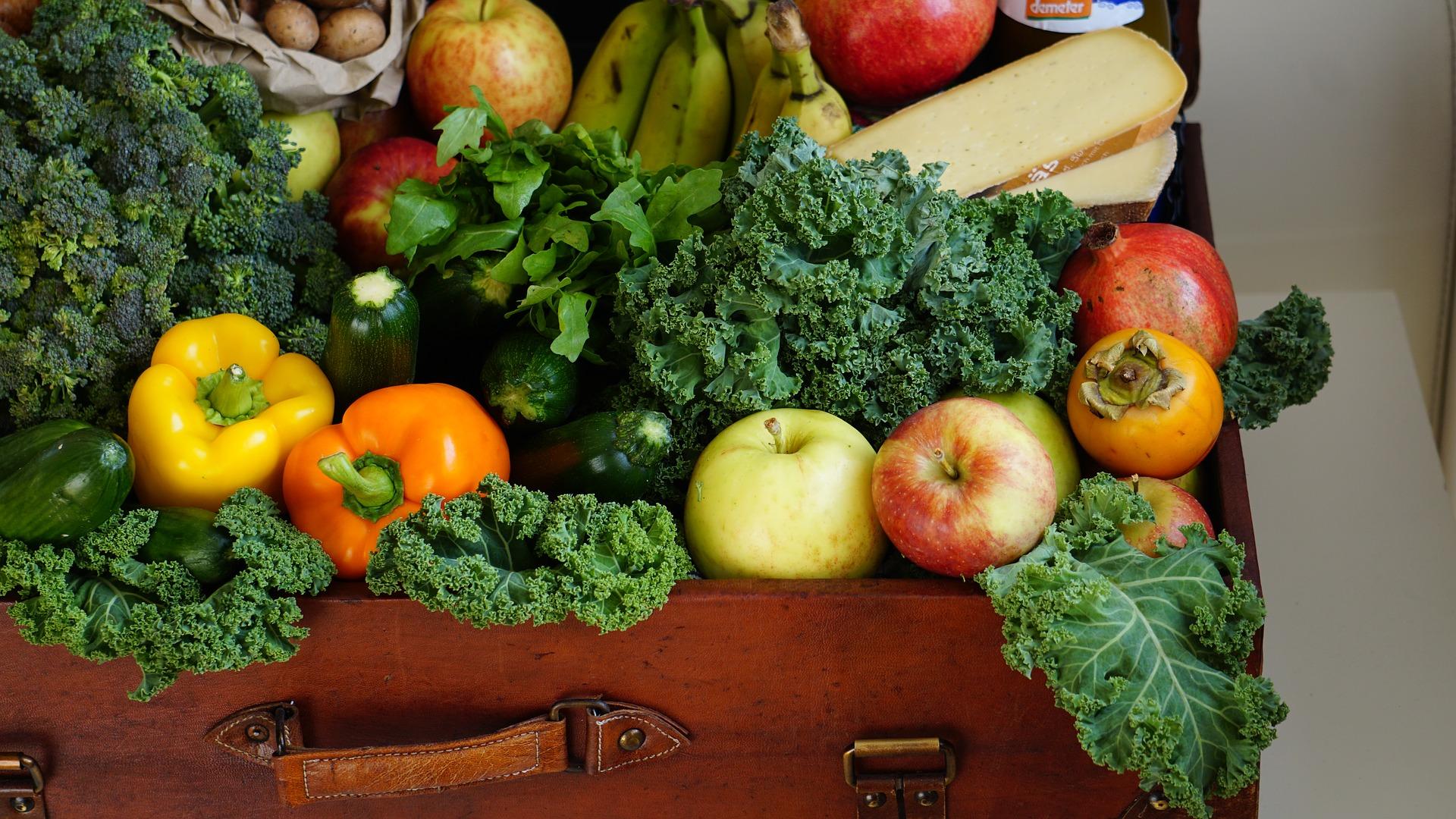 fruits-1761031_1920.jpg