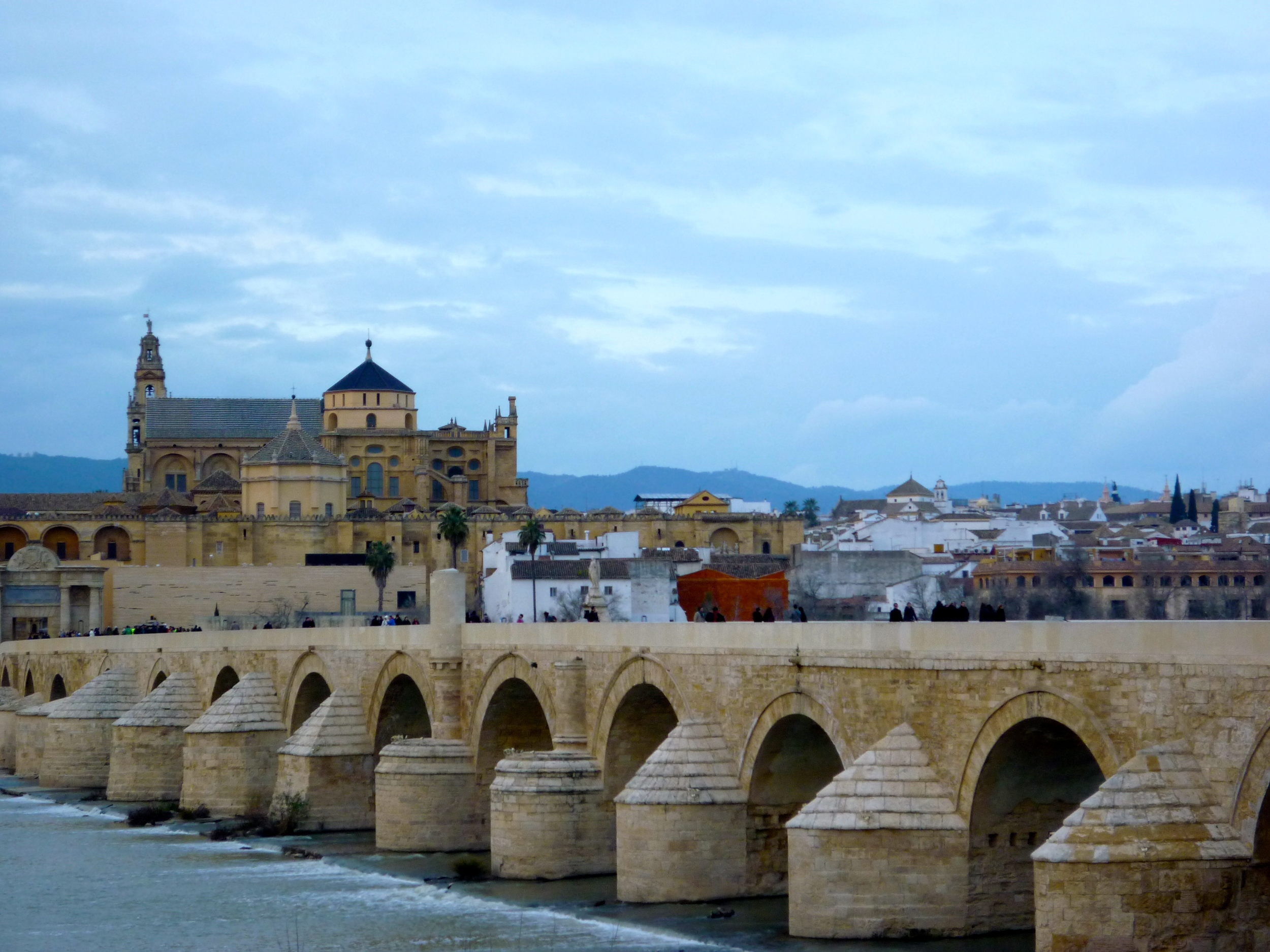 The Roman bridge and Mezquita beyond