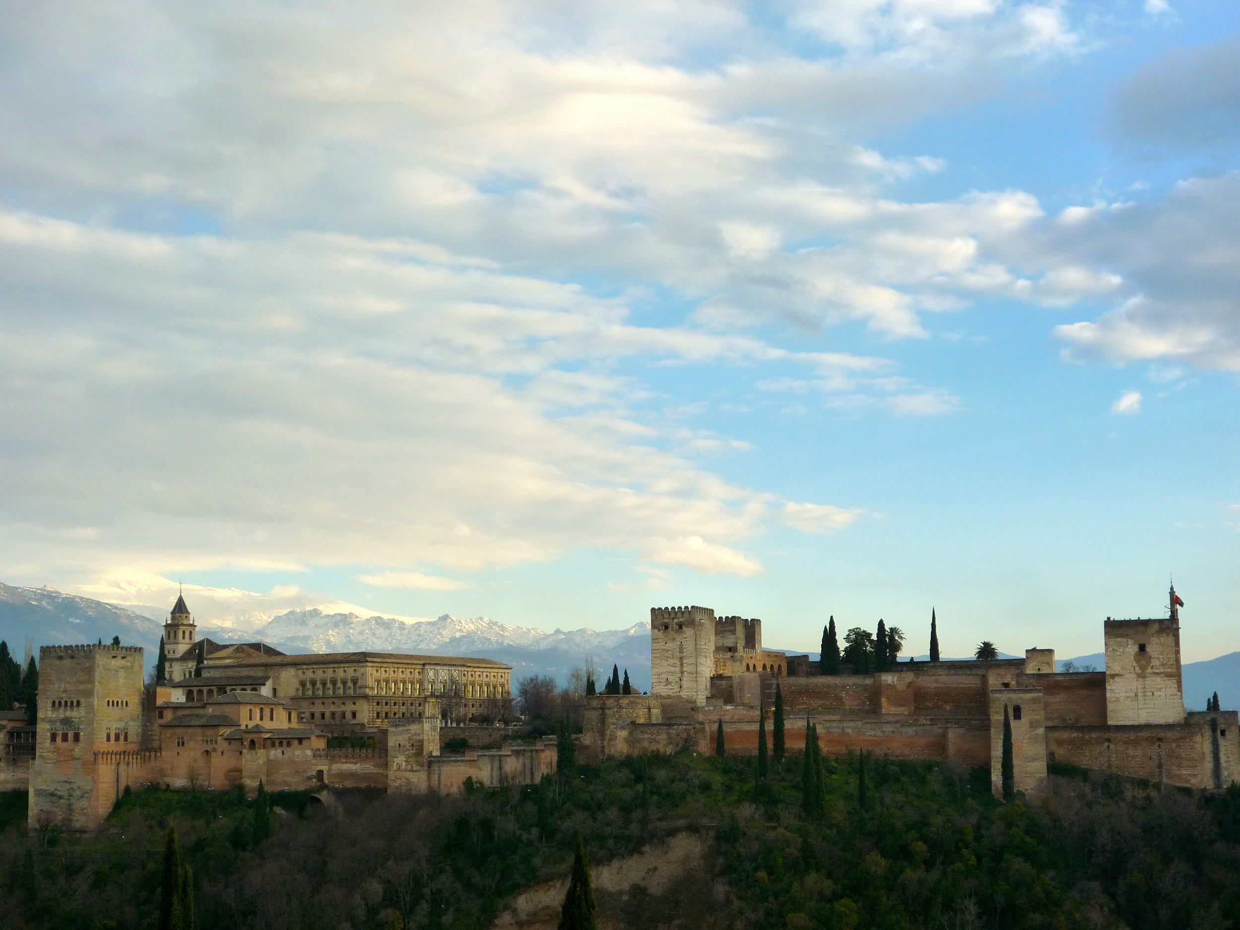 Alhambra from the  Plaza de San Nicolas