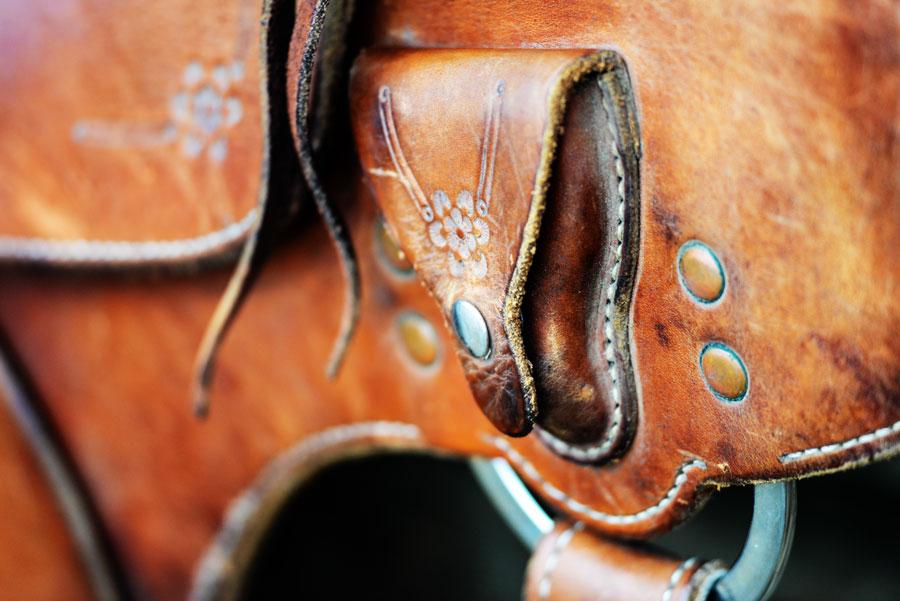 soft saddle custom details 1