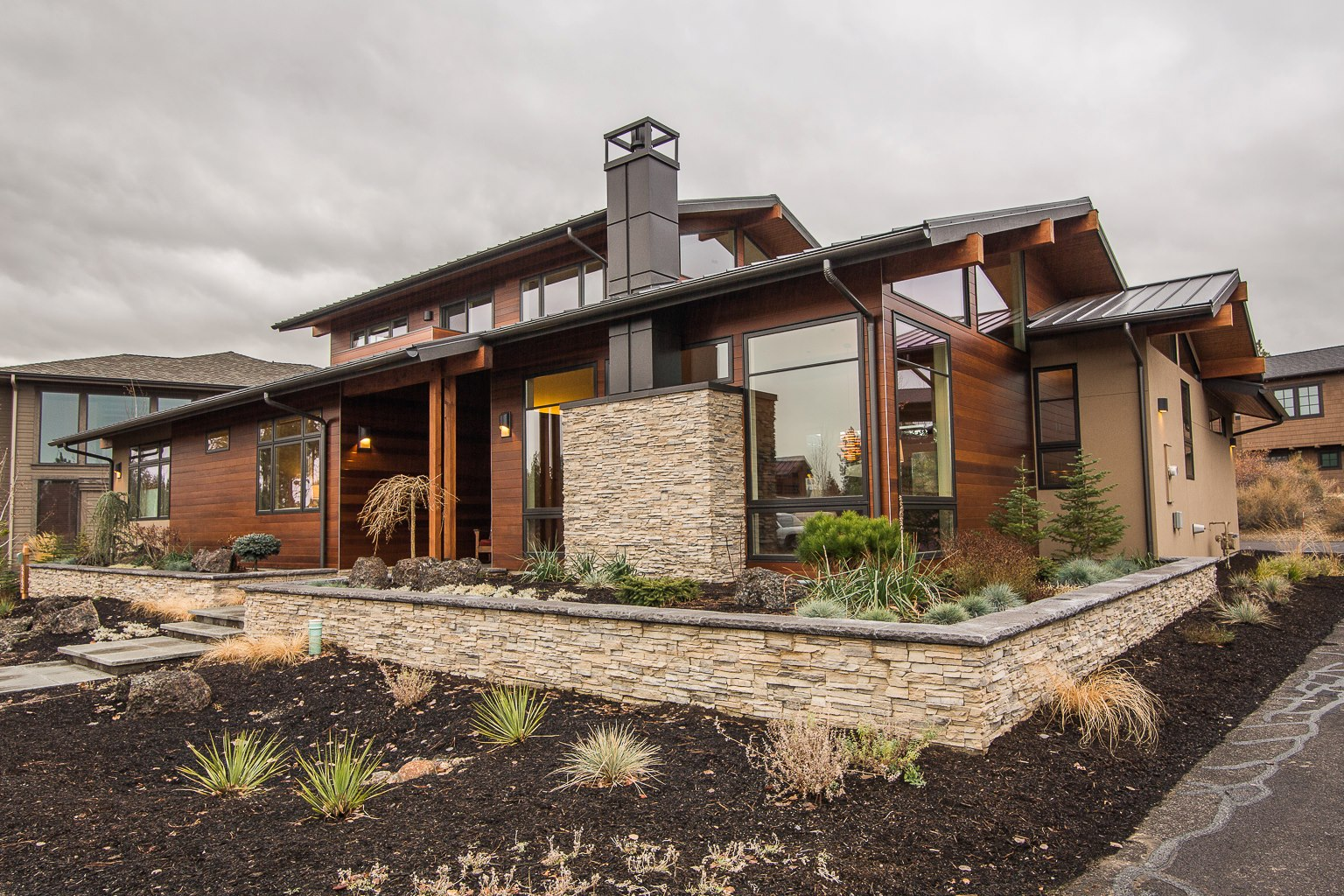 The photos of this home were featured in LUXE magazine.