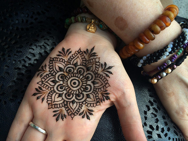 Mandala Henna Class - In this half hour class you'll learn how to build complex mandalas using basic shapes. You will learn how to plan your design to guide you while your creativity flows in this meditative drawing exercise. While the Henna Drawing class is not a prerequisite, it will help if you know the basics of how to use a henna cone to draw.Book this class now