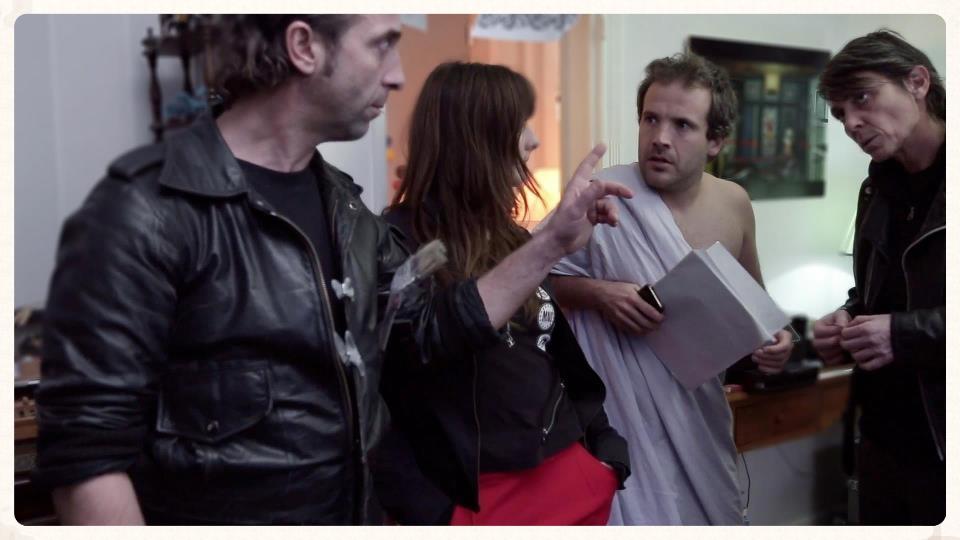 Un projet du Happy Collectif  Réalisé par Lauriane Escaffre et Yvonnick Muller  *Sélection officielle du Festival de L'Alpe d'Huez 2013.  *Coup de coeur au Short Film Corner du Festival de Cannes 2013