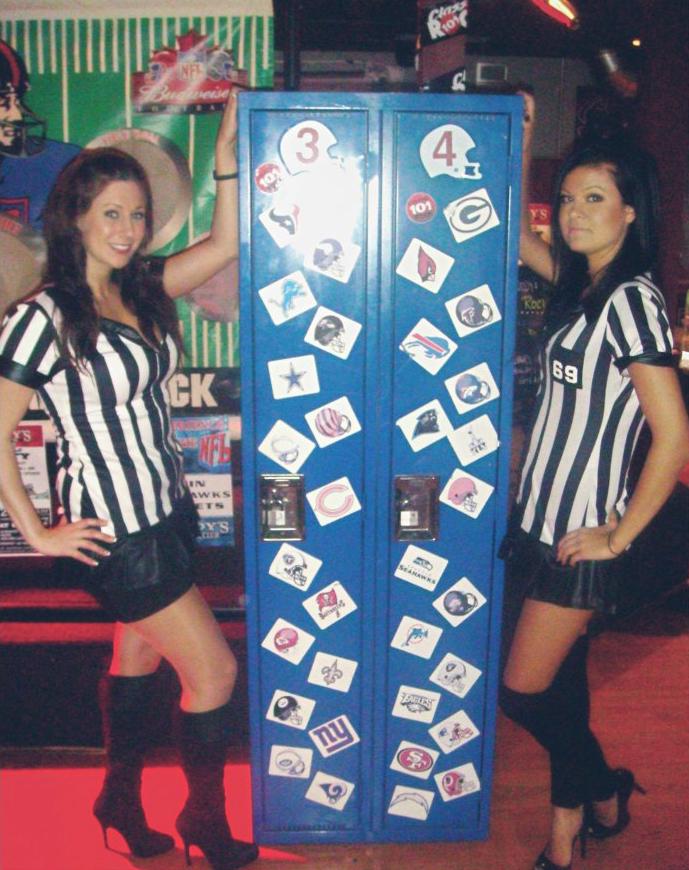 footballchicks.jpg