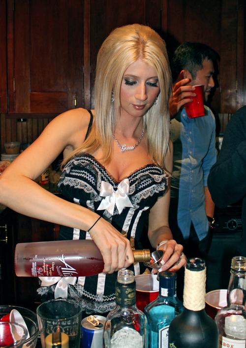 lingerie_bartender2.jpg