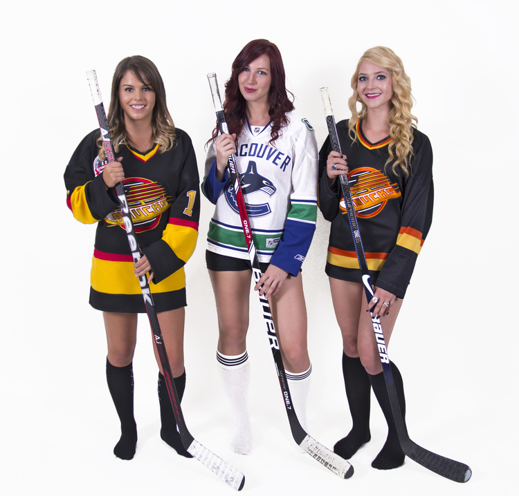 hockeybabes.jpg