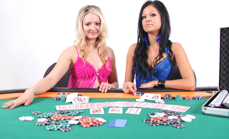 partyangels_poker_photoshoot.jpg