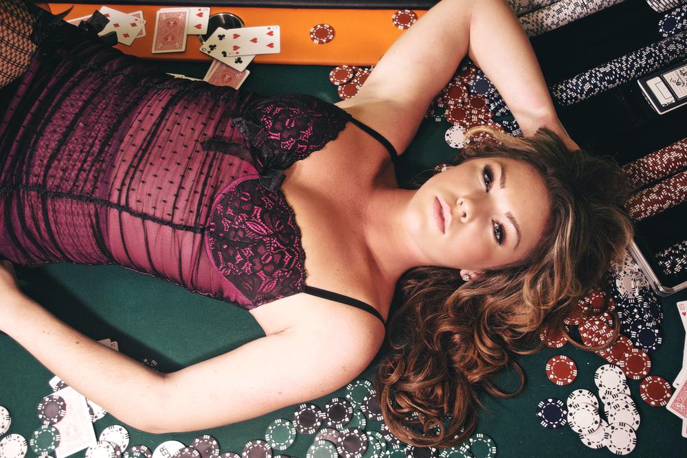 partyangels_poker_girl.jpg