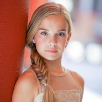 Headshot - Emma.jpg