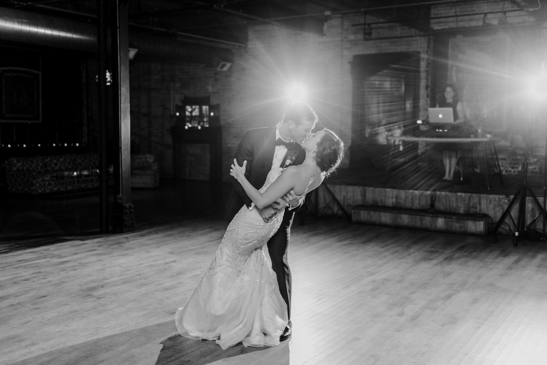 Downtown Chicago Wedding-147.jpg