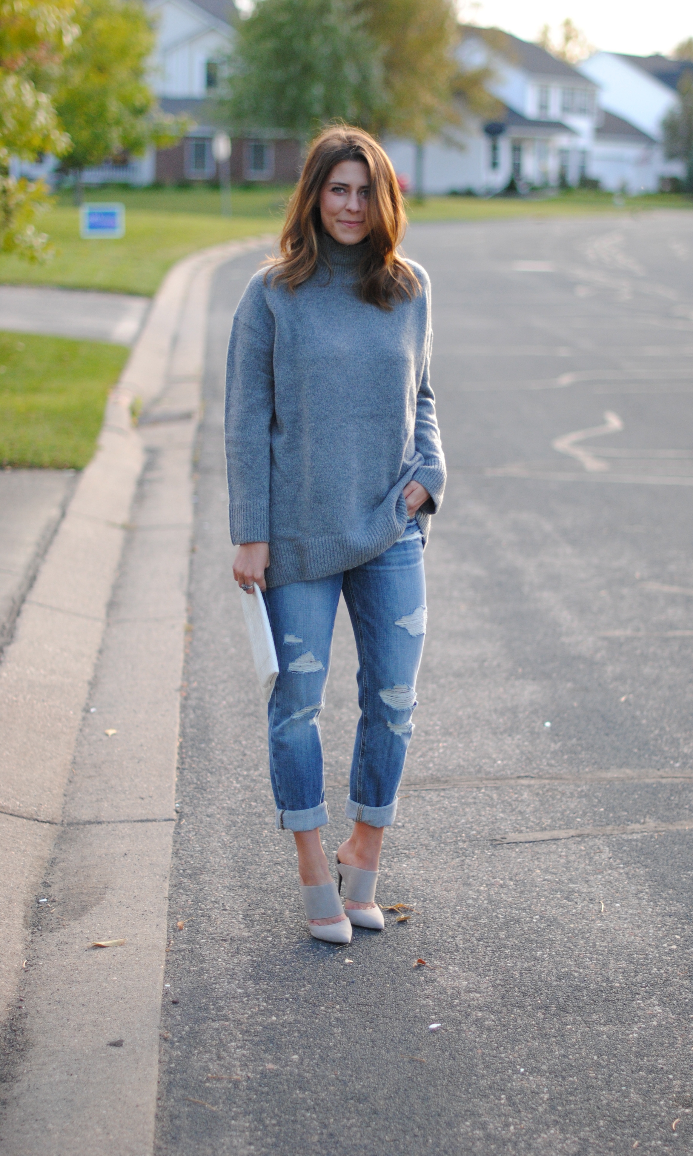 Oversized sweater (I would highly suggest ordering a small as this piece is already very oversized)   Boyfriend jeans    Suede mules