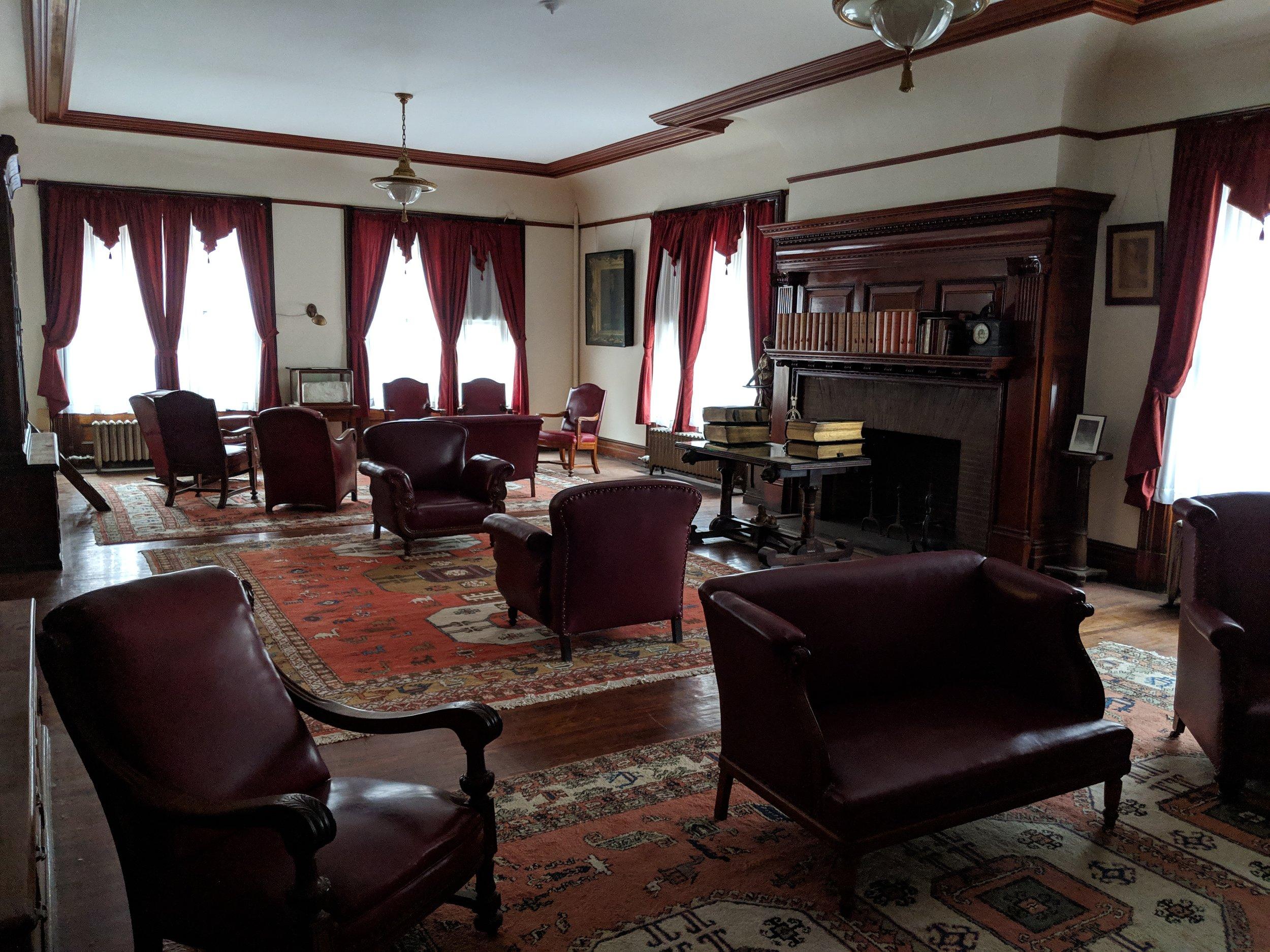 Kermani Library.jpg