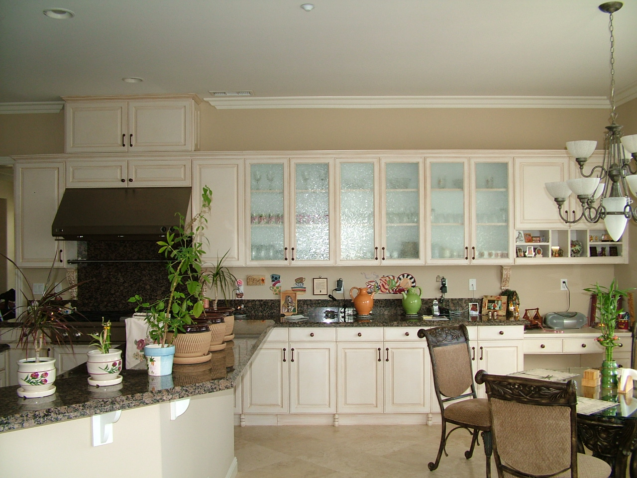 Custom Kitchens (1).jpg