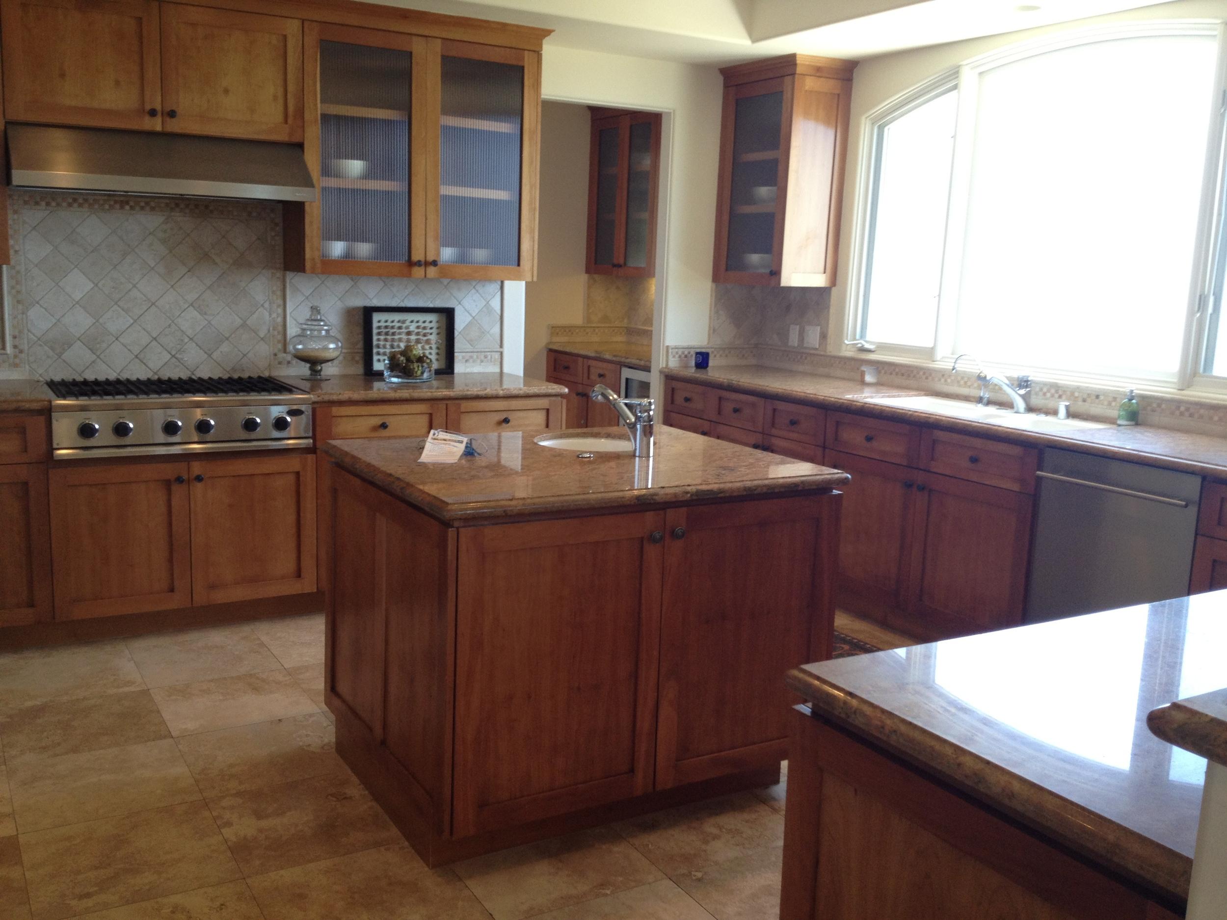 Custom Kitchens (2).JPG