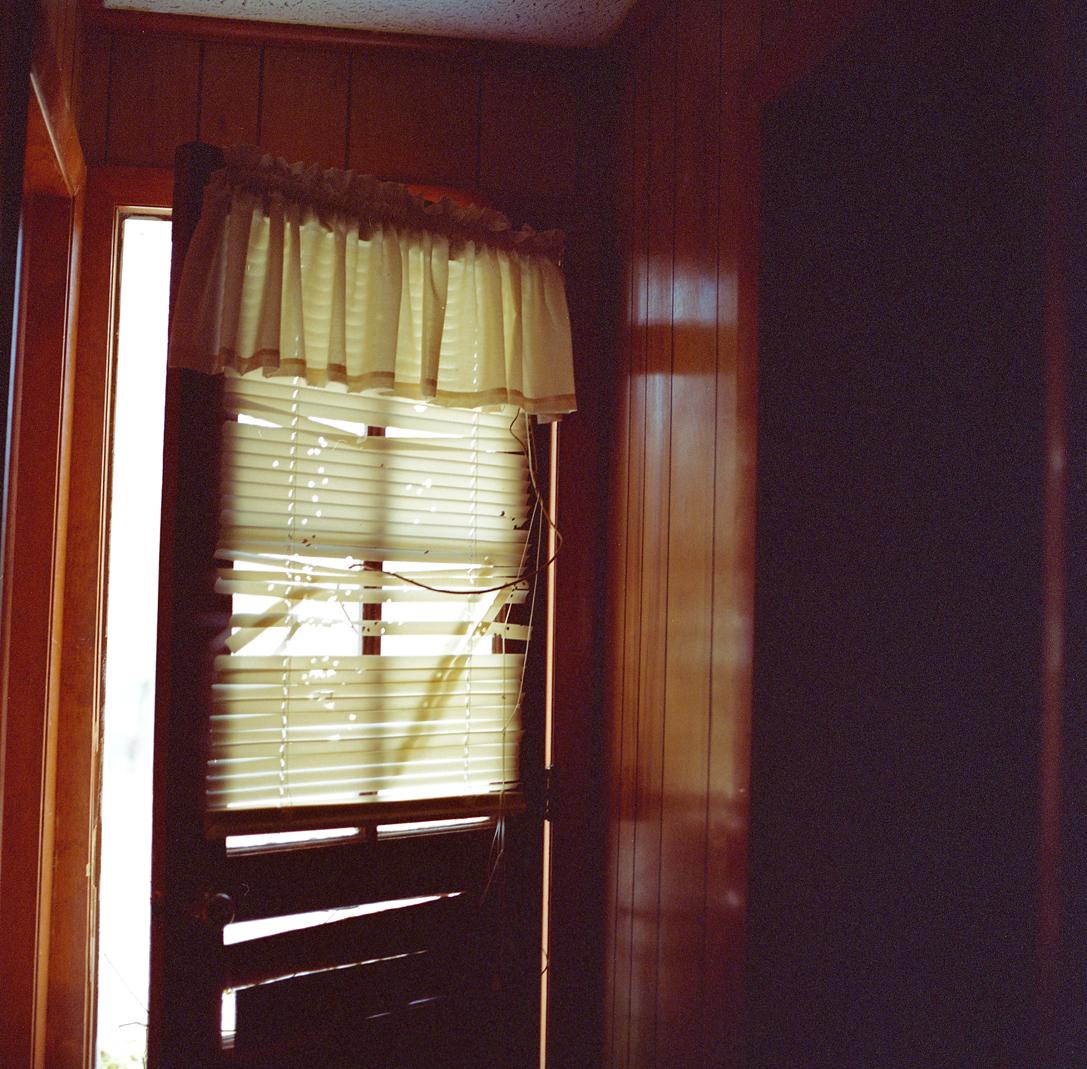 12_28_12-sunrise blinds.jpg