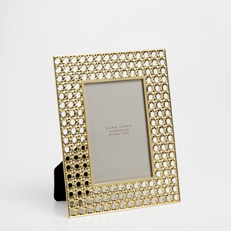 Zara Home  Wicker-Effect Metal Frame