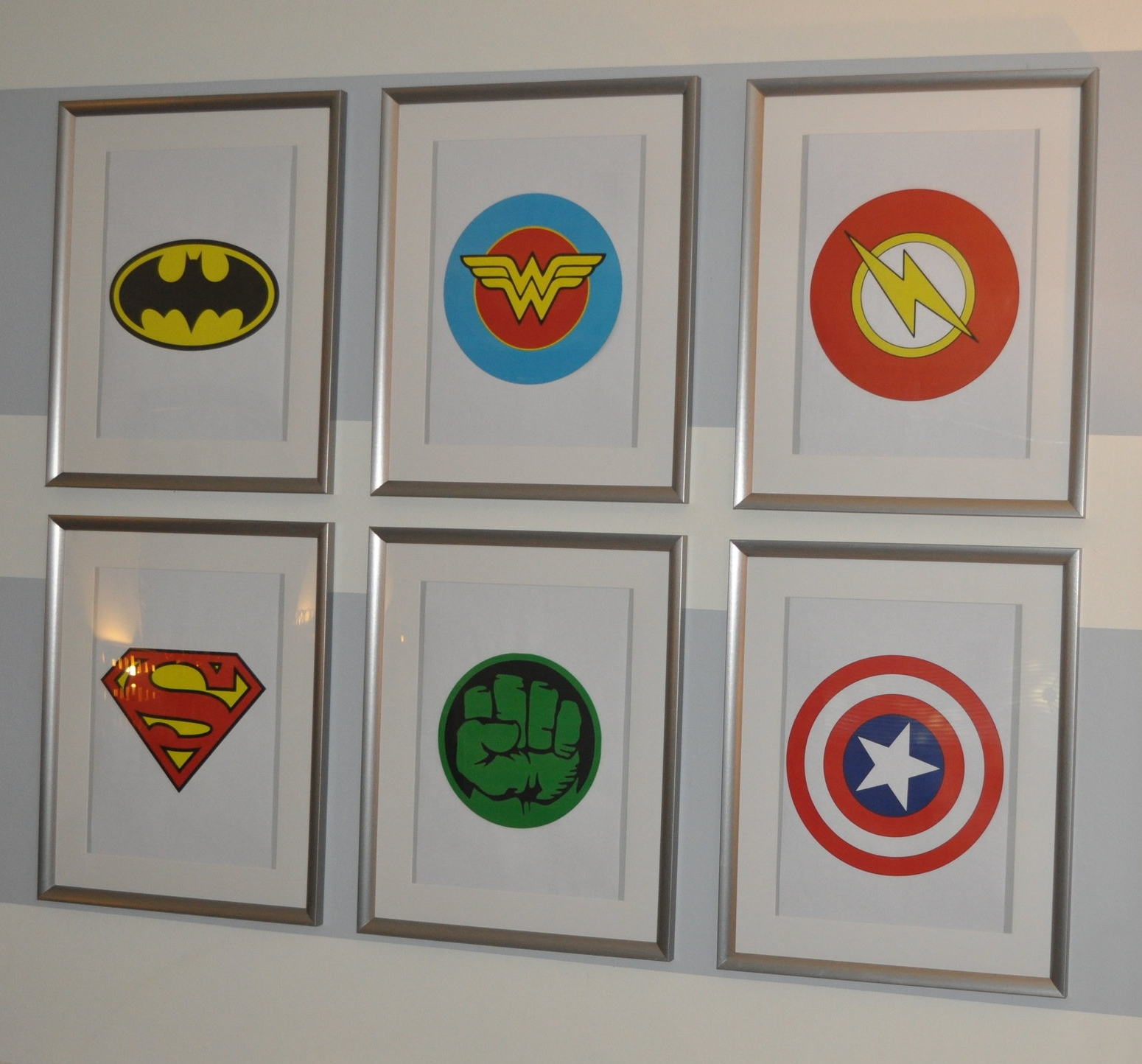 Not exactly the artwork of my dreams, but at least the frames were hung!