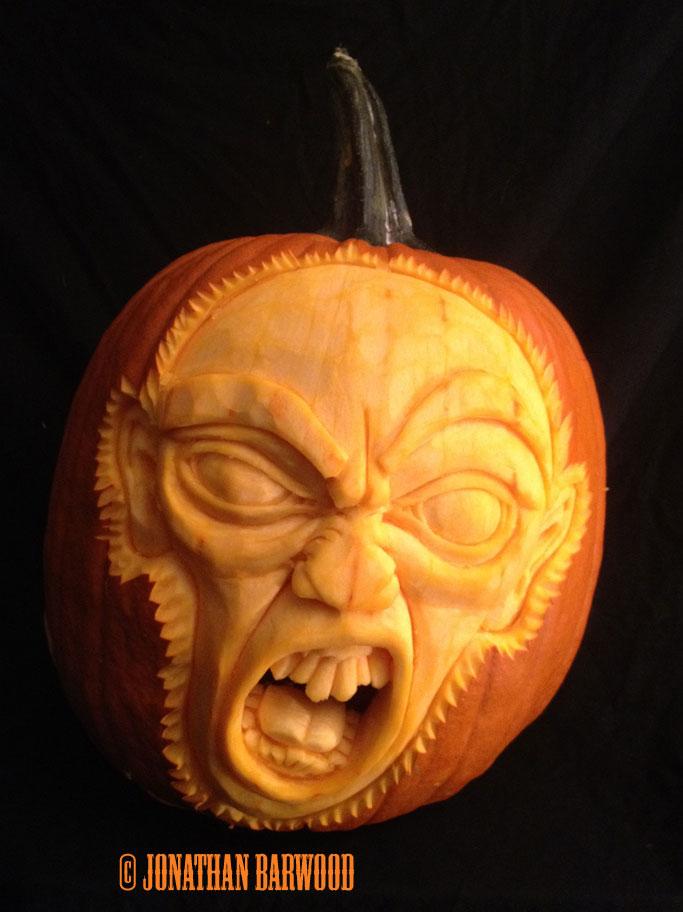 Gollum-Pumpkin-2.jpg