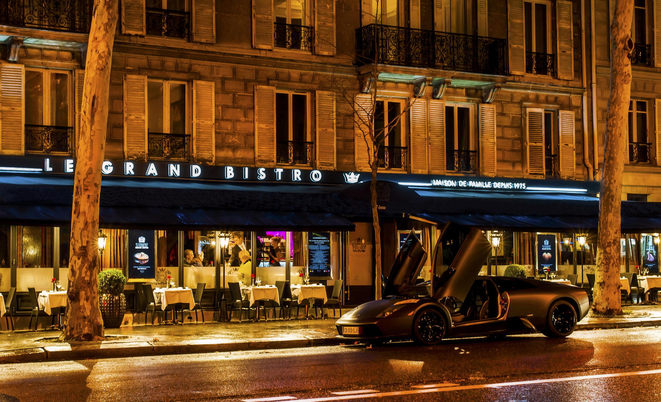 Local recommendation Le Grand Bistro - fantastic food and service (image via http://www.legrandbistro.fr/)