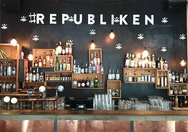 Nu kommer finvädret, njut av det hos oss, antingen inne eller ute🎉🍹🍰🥘 #republiken #republikenbarochkök #visitöstersund