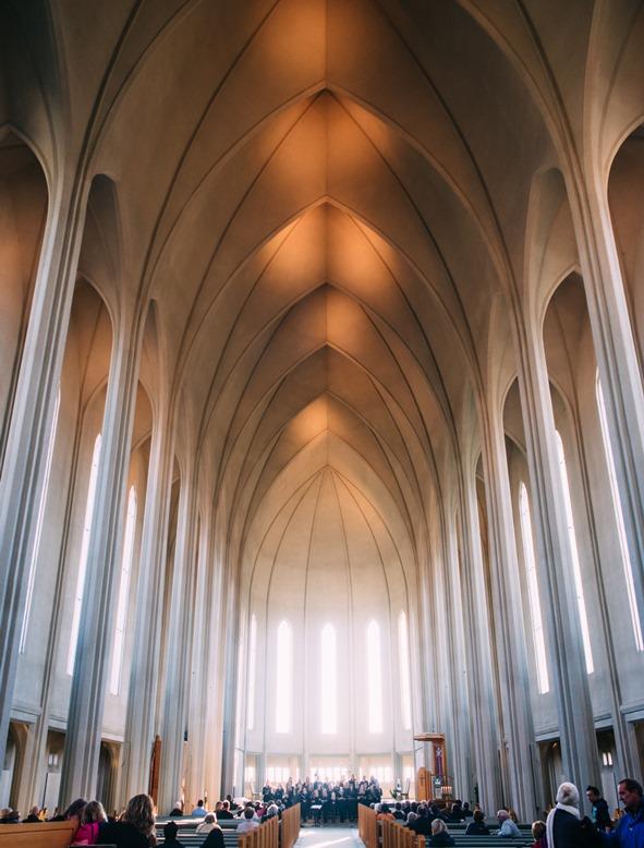 Cathedral, Jeff Sheldon, unsplash.com