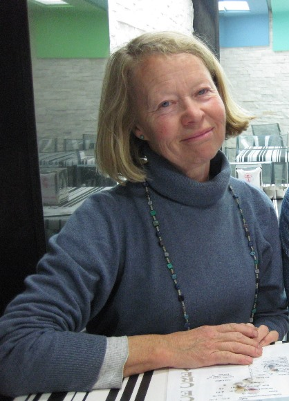 Rosamond Robertson