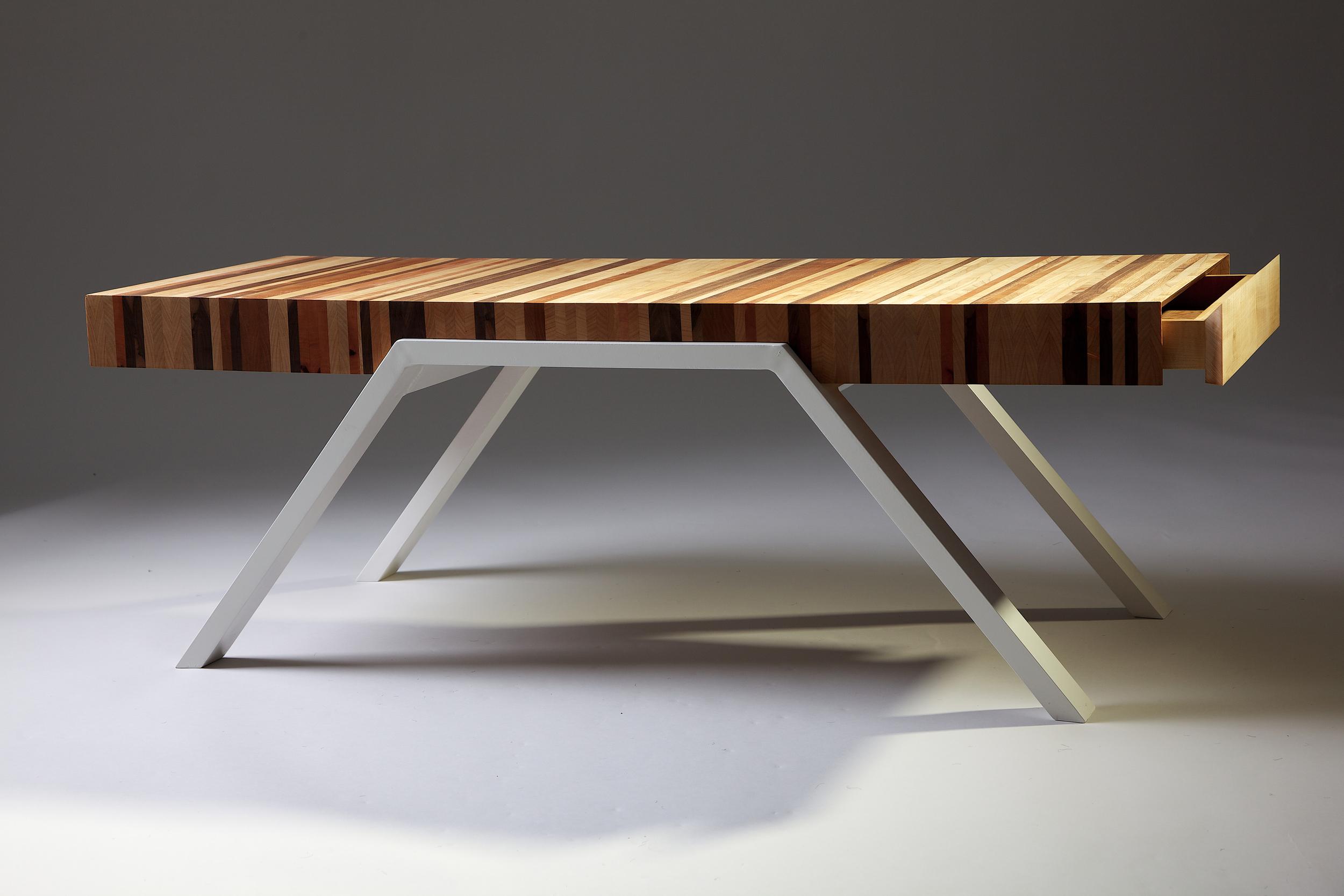 Humbug Table