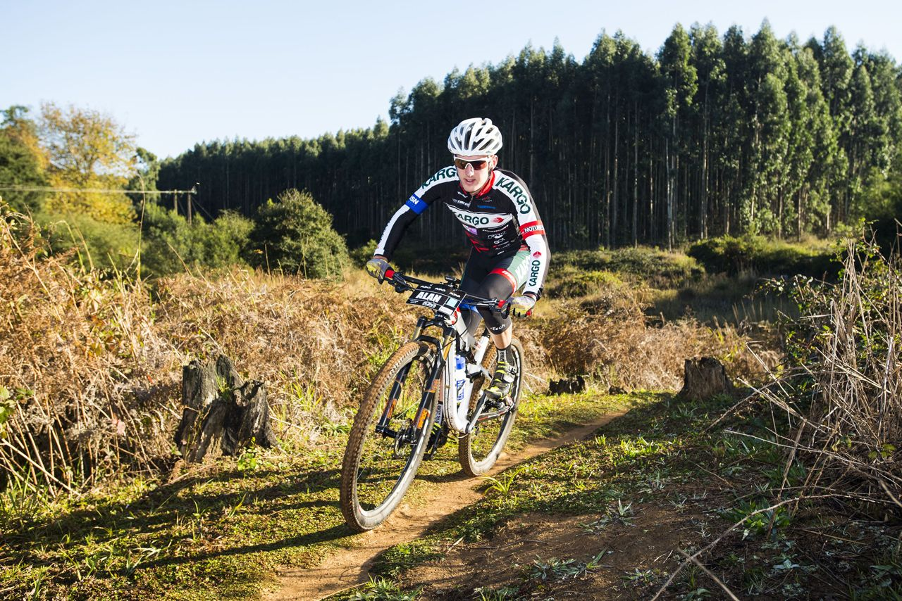 Kargo Pro MTB's Alan Hatherly has put his name firmly into the elite hat at the upcoming 2015 Stihl South African Mountain Bike Championships presented by Subaru Cape Town/Novus Holdings on Saturday 18 July. Anthony Grote/Gameplan Media