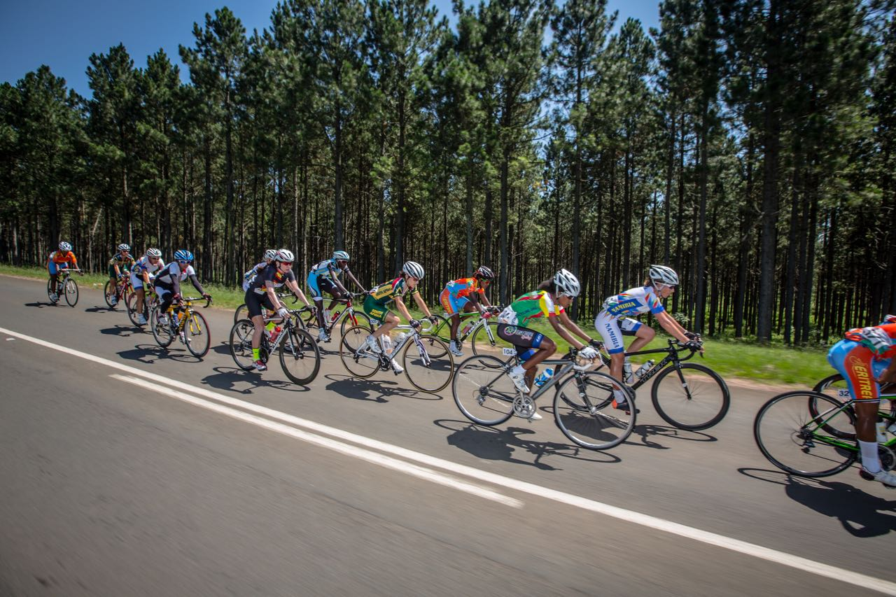 Cycling South Africa requires the services of a Women's Team Manager (1 Female) for the 2015 Road World Champs in Richmond, USA, which takes place from 17-28 September. Photo: Craig Dutton/pics2go.co.za