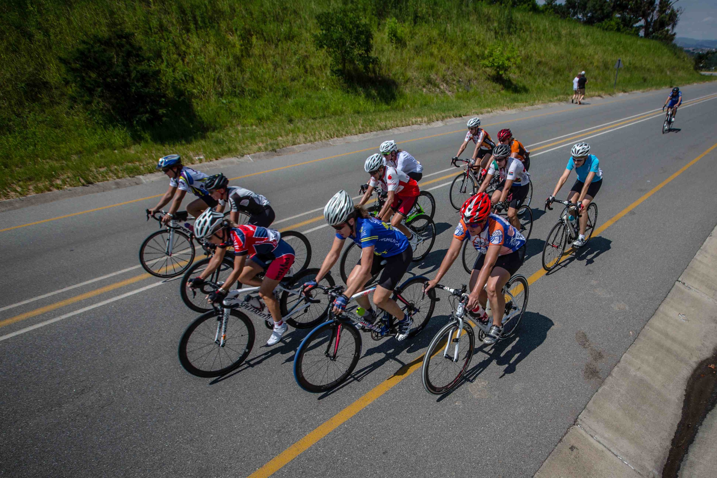 The Tsogo Sun Amashova Durban Classic road cycle race is the only African qualifying event for the 2016 UCI World Cycling Tour (UWCT) final , taking place from Pietermaritzburg to Durban on 18 October 2015. Photo: Craig Dutton/pics2go.co.za