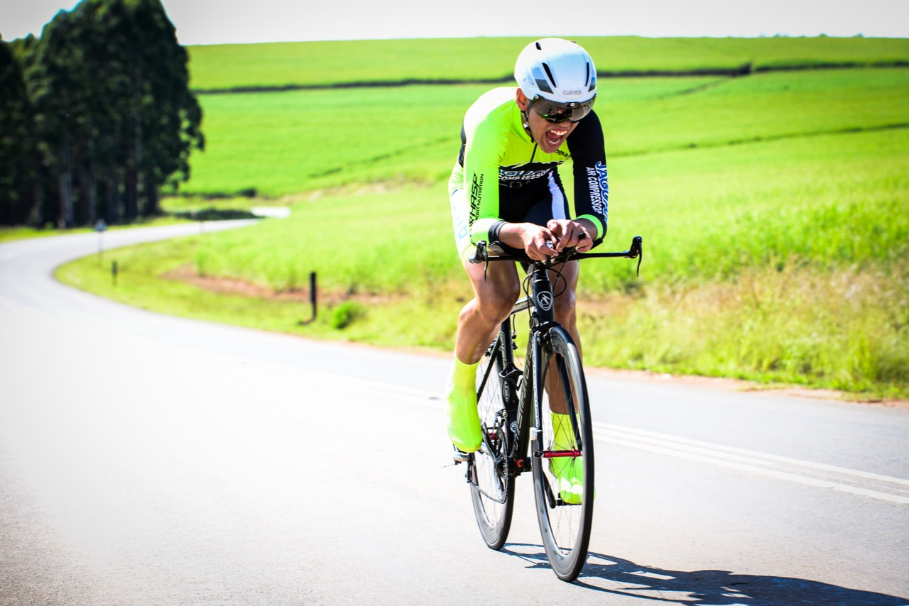 Keagan Bontekoning gives everything he's got in a race against the clock, finishing 3rd in the U16 Boys' category Time Trial at the 2016 SA National Road, Time Trial and Para-cycling Championships in Wartburg, KwaZulu-Natal,on Wednesday 10 February.Photo credit: Darren Goddard